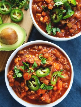 Spicy Pinto & Tempeh Chili